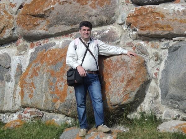 Камни в стенах Соловецкой обители