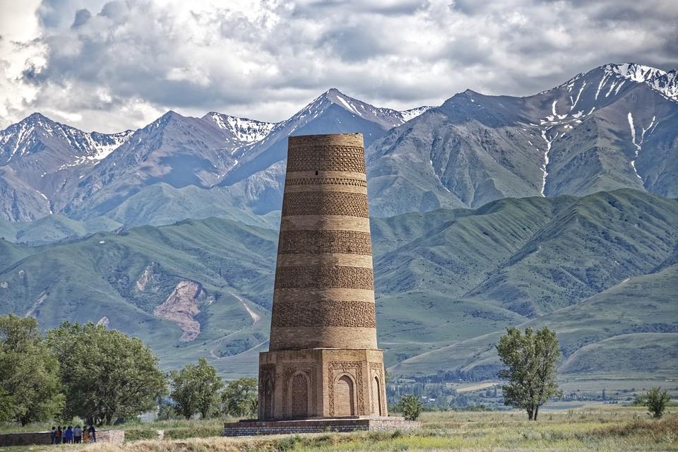 архитектурный памятник киргизского народа