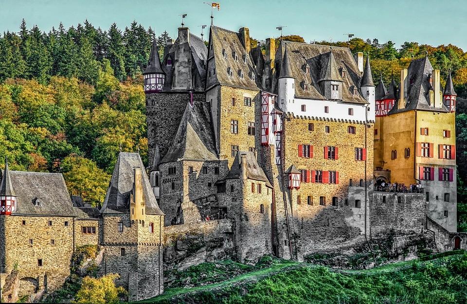 Фотографии замков