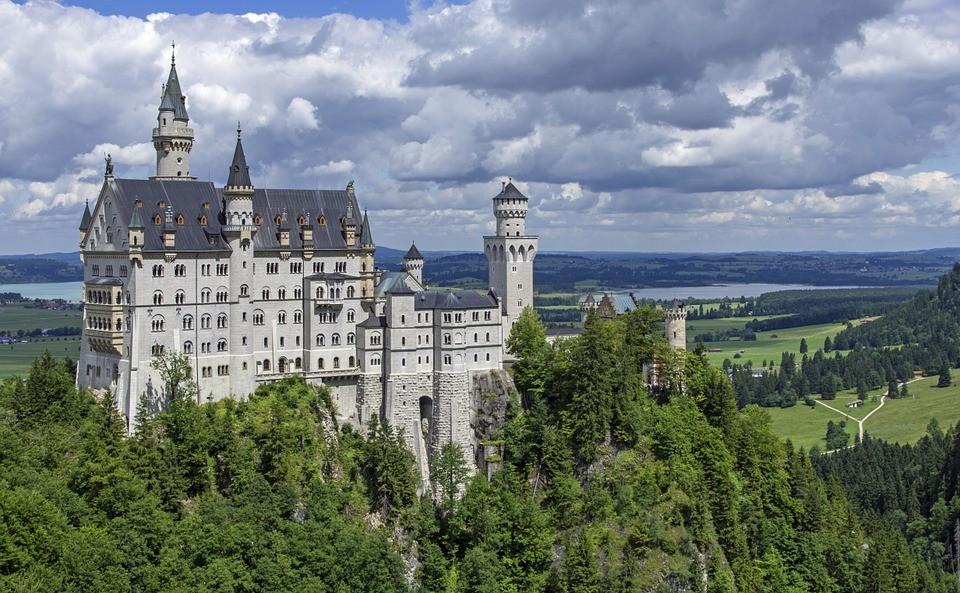 Замок Нойшванштайн — романтический замок баварского короля Людвига II